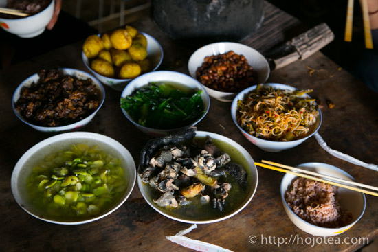 home-cooked lunch in yunnan width=