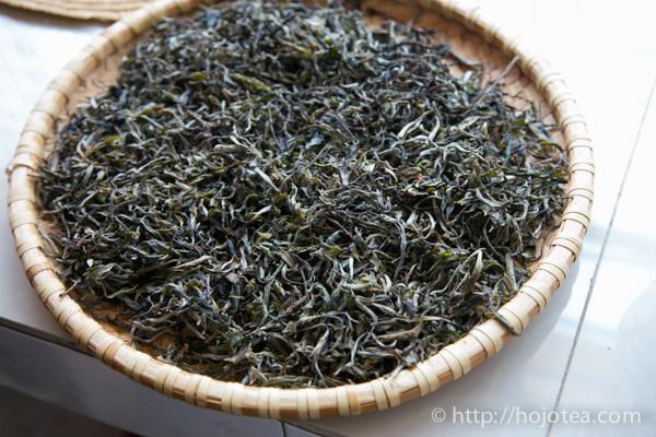 プーアル生茶の毛茶