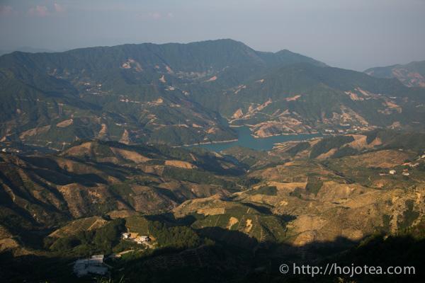 烏崠山から見下ろした景色