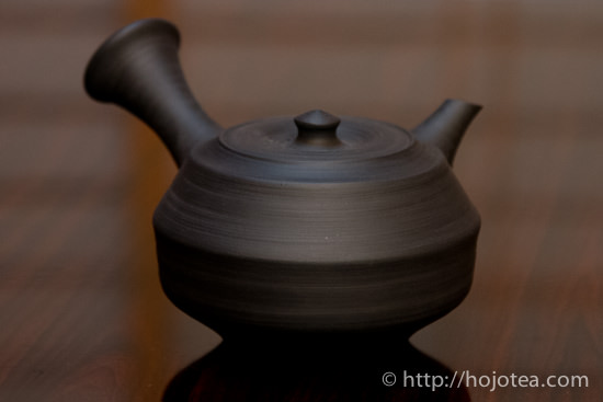 nosaka reduction clay teapot