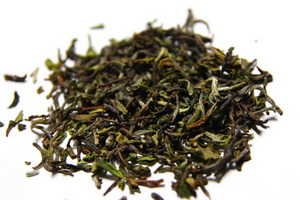Is it Black Tea? The leaves are green and it is so fruity!