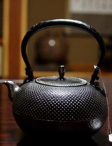 sand iron kettle