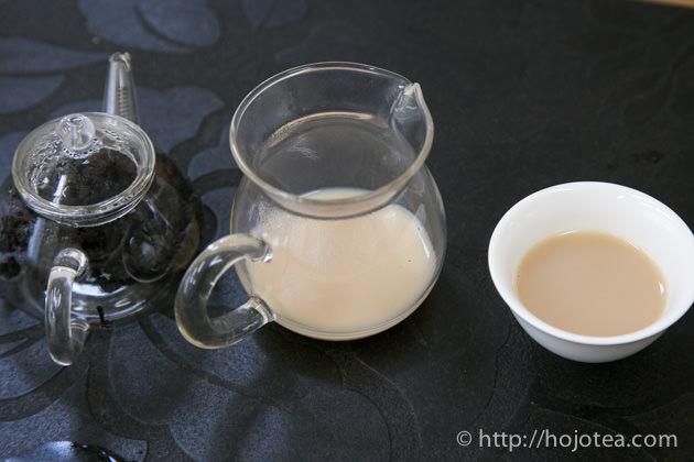烏龍茶ラテ