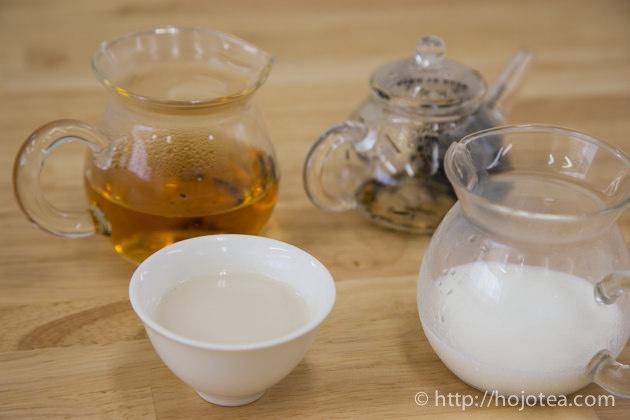 焙じ茶ラテ