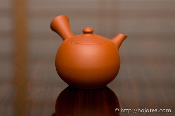 Mumyoi clay teapot